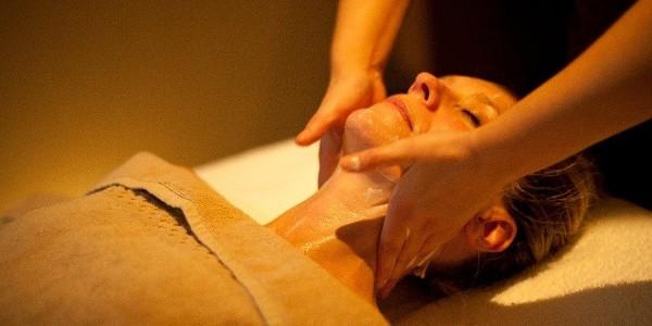 /skin regimen/ Illuminating Bamboo Facial